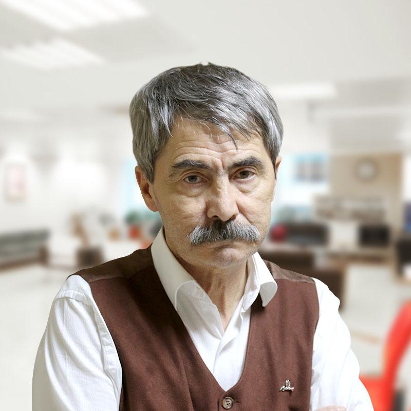 Op. Dr. Sedat Çınaroğlu